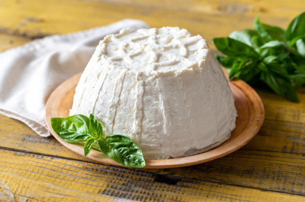Can You Freeze Ricotta Cheese? Useful Tips (Dos and Don'ts)