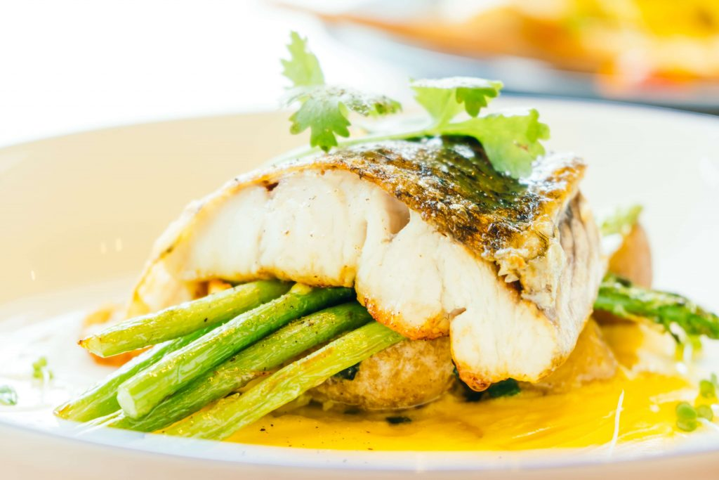 What does mahi mahi taste like?